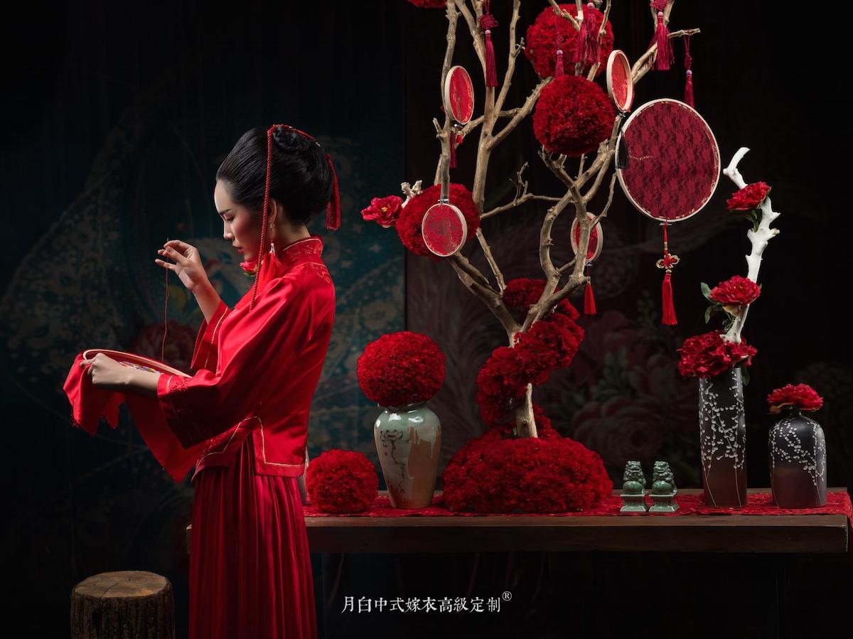 中式吉服/喜服:祥瑞如意·暗楿