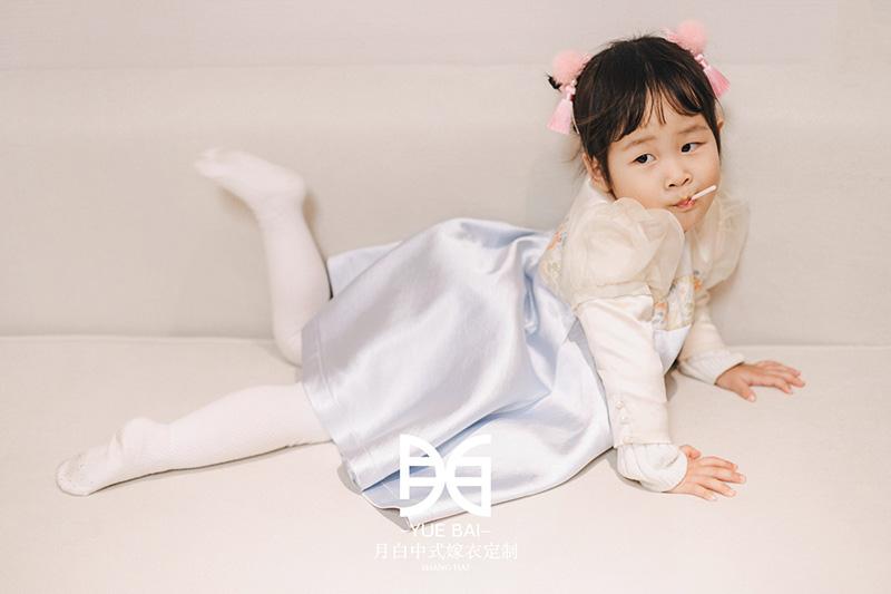 新中式童装:倾馨